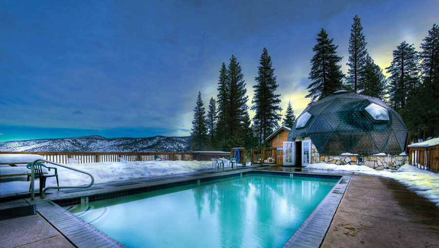 Hotel-spa Sierra hot springs, California